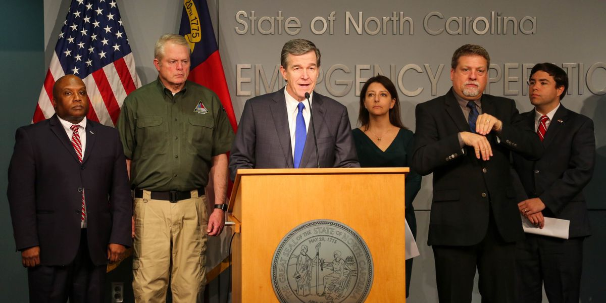 Gov. Cooper: Restaurants, bars to close for dine-in customers Tues. evening, amends unemployment guidelines