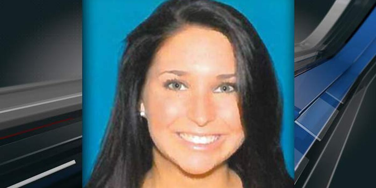 Police still searching for missing Charleston woman after finding her car