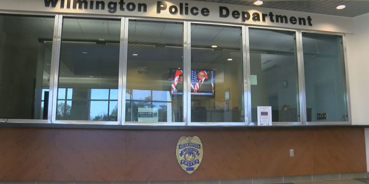 911 call: Wilmington lieutenant left child naked and alone in vehicle outside bar