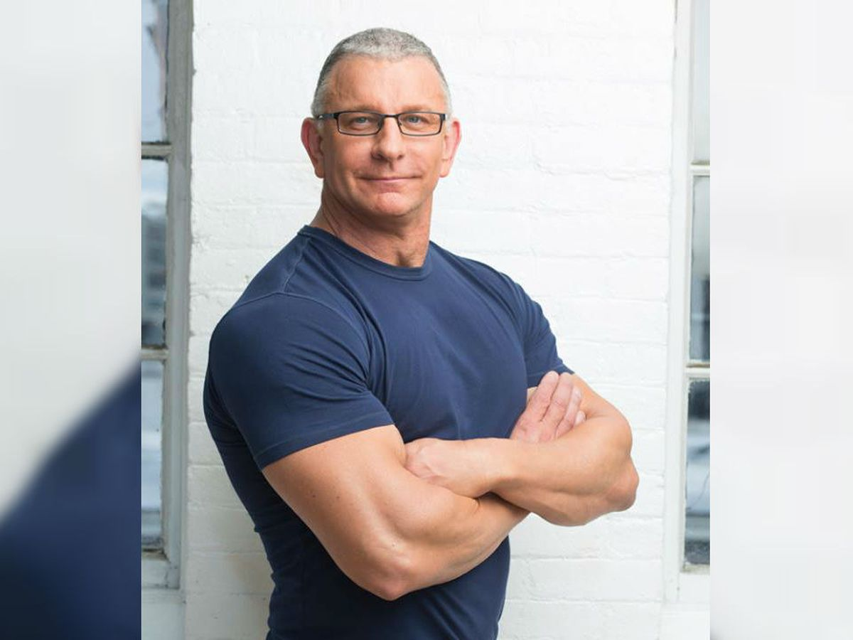 Celebrity chef Robert Irvine to host fundraiser for GLOW Academy