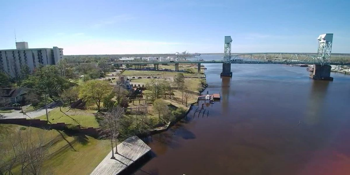 SKY TRACKER: Looking over the Cape Fear Memorial Bridge