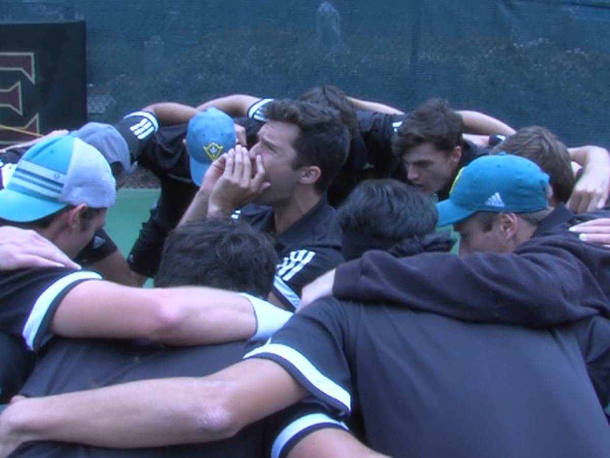 Elon upsets top-seeded UNCW men's tennis to capture conference title