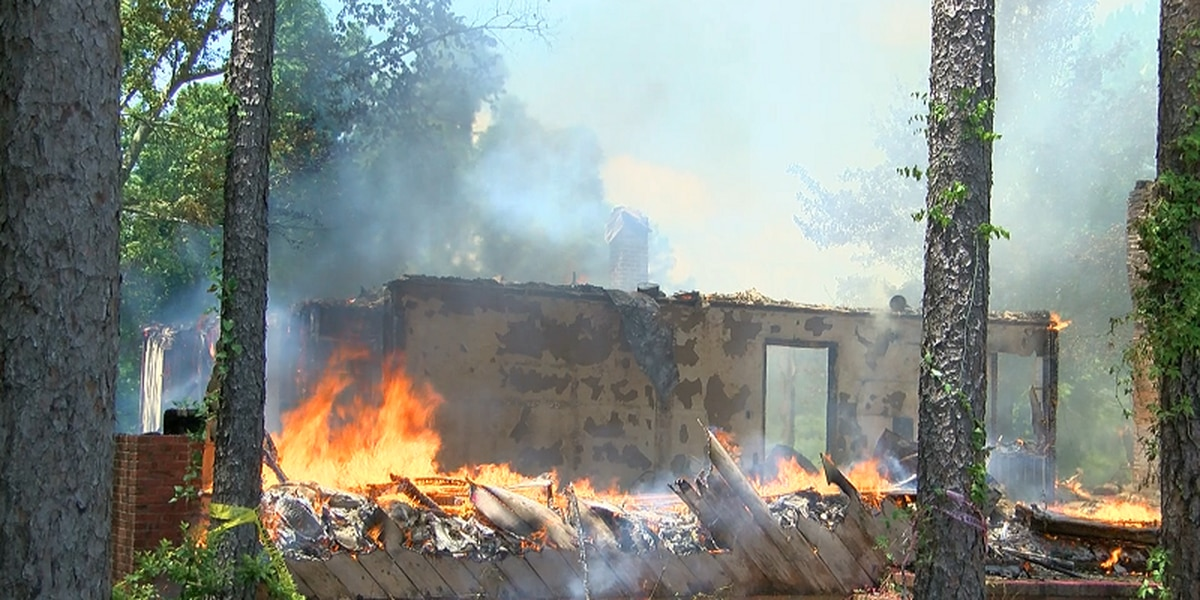 Family donates home for controlled burn to honor late father's memory