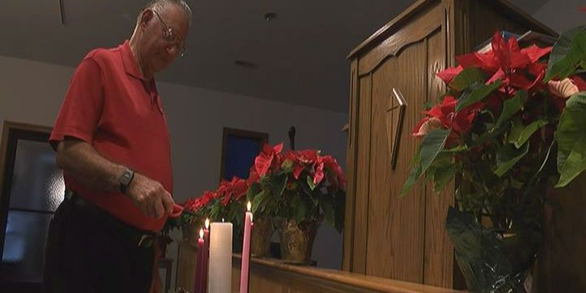 Pastor leads Christmas service after suffering stab wound