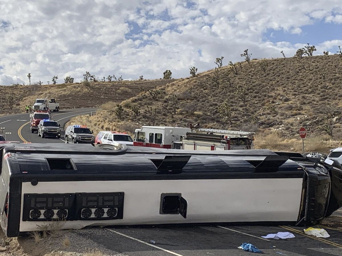 Bus heading to Grand Canyon rolls over; 1 dead, 2 critical