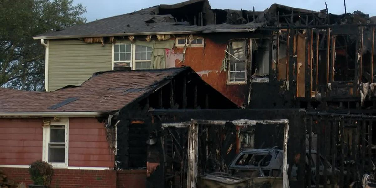 Two Kure Beach homes destroyed in early morning fire