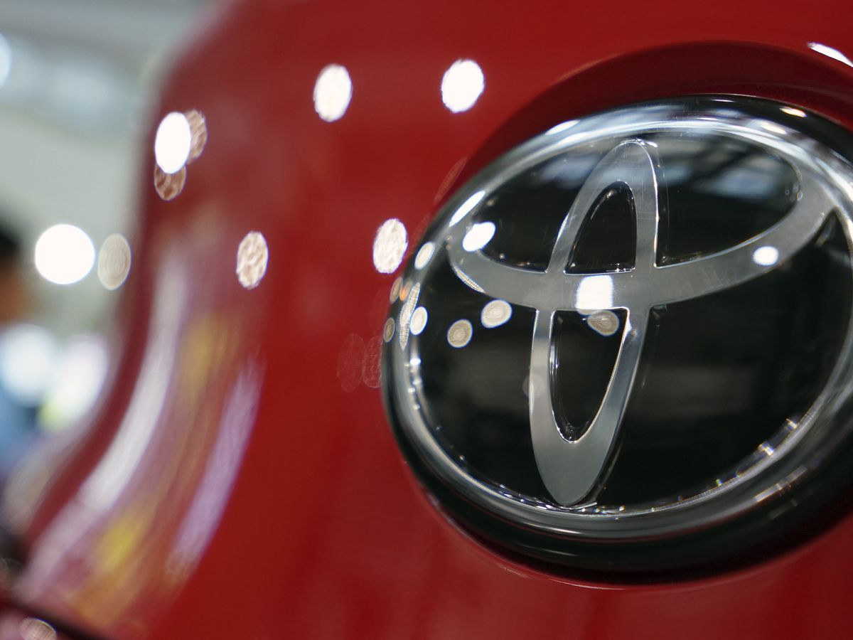 Toyota to pay $180M for failing to report emissions defects
