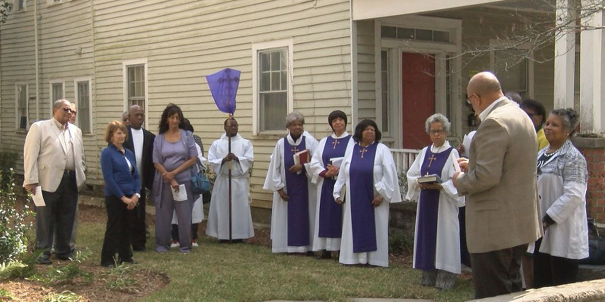 St. Marks Episcopal Church celebrates 150 years by landscape dedication