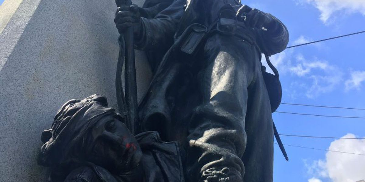 2 Confederate statues vandalized in downtown Wilmington