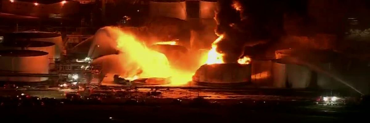 Fire reignites at TX chemical plant