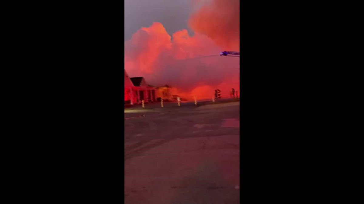 RAW VIDEO: Shallotte fire (Source: Beth Coleman)