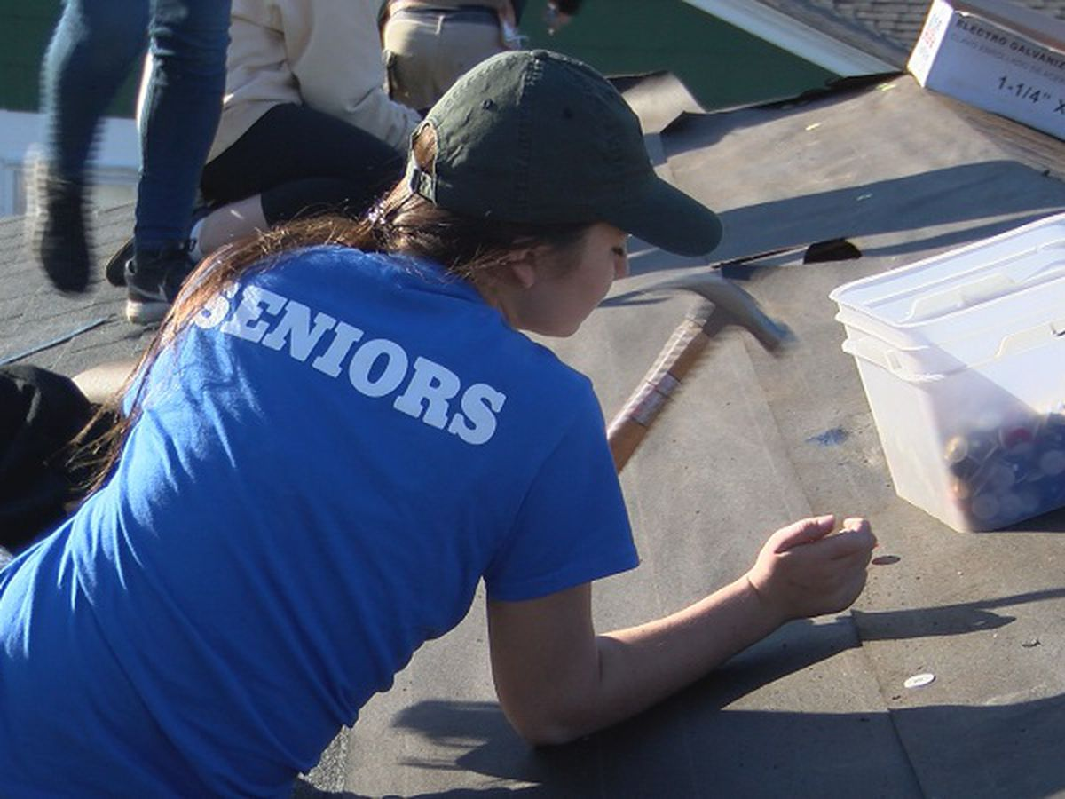 University of Missouri students lend Wilmington a helping hand in rebuilding efforts