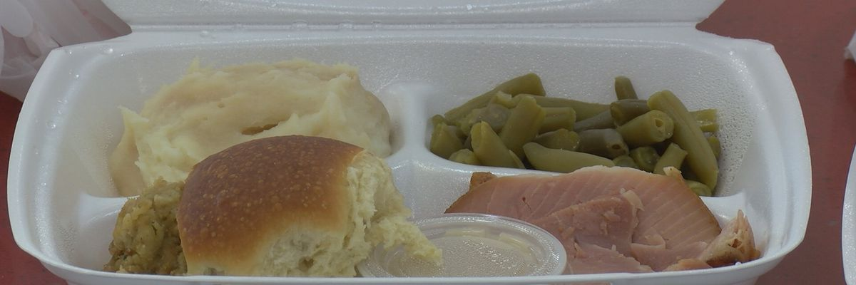 Northside Church provides 500 free Thanksgiving meals