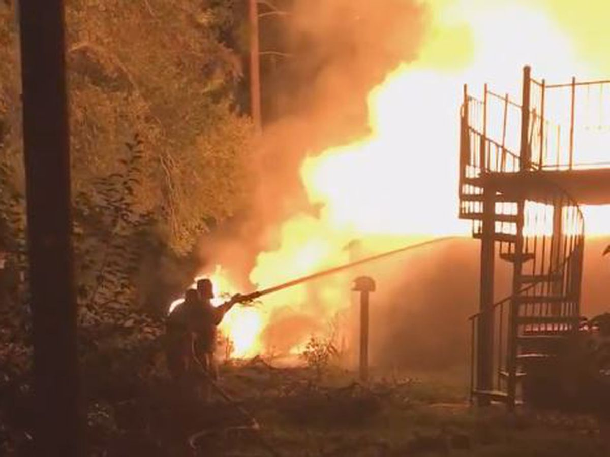 VIDEO: Crews respond to late night fire in Fair Bluff