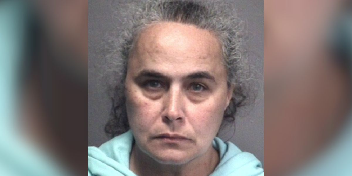 Ex-employee accused of pulling knife on Walmart workers, stealing body spray
