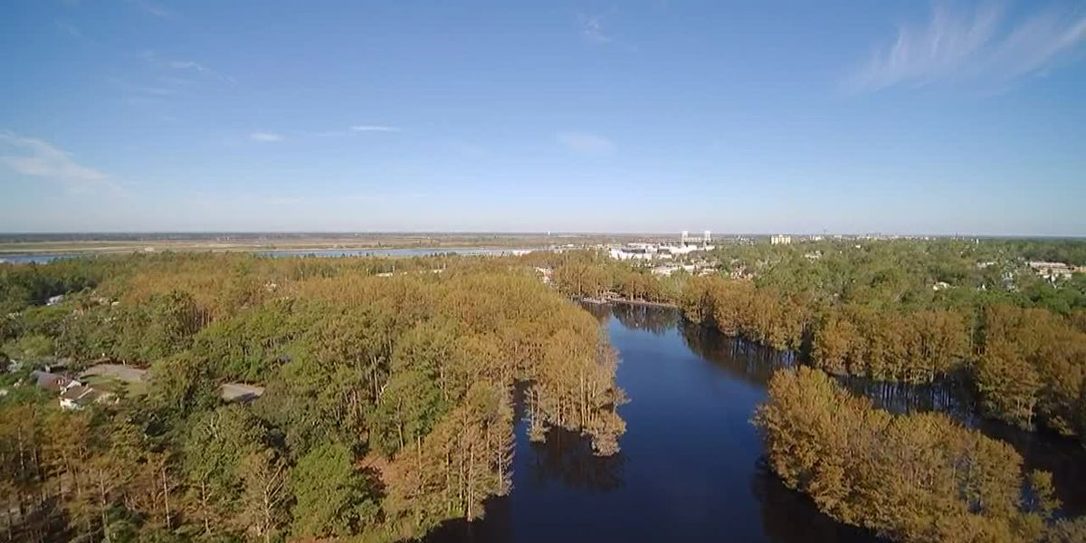 SKY TRACKER: A look over Greenfield Lake