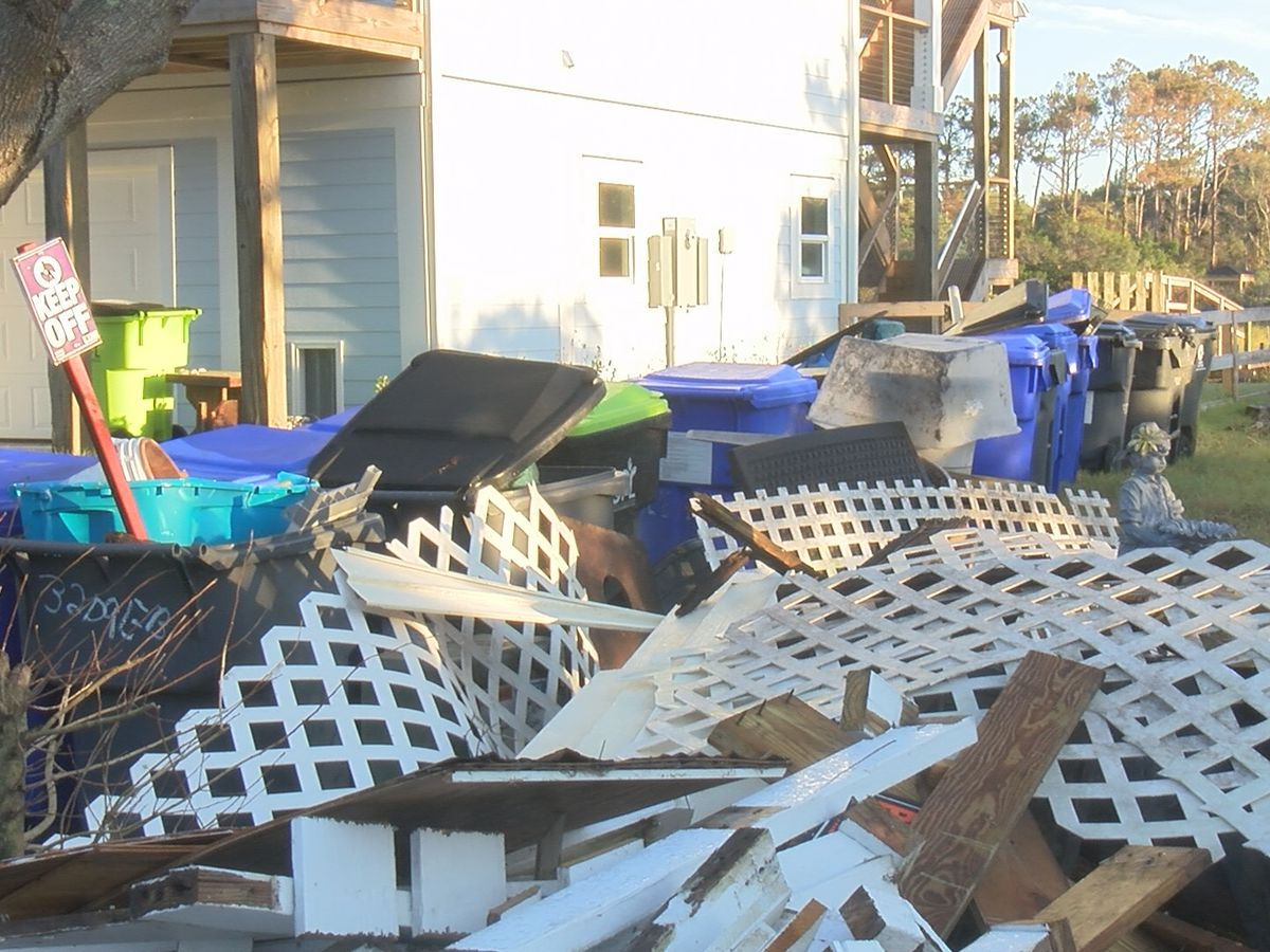 Volunteers remove 4 tons of debris from Oak Island's waterways