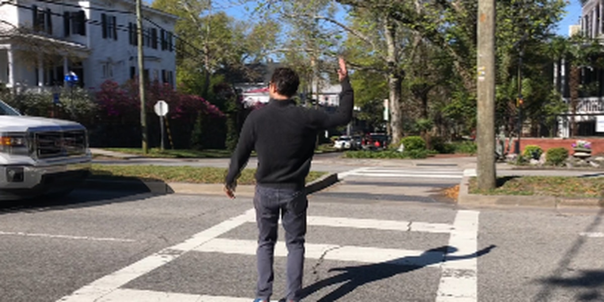 Neighbors concerned about dangers of crosswalk at 3rd and Ann streets; city unable to make safety changes