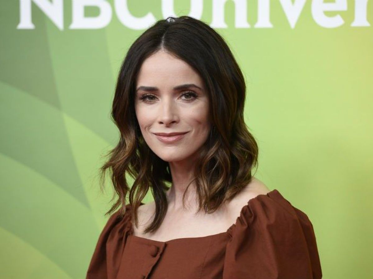 Abigail Spencer pilot picked up for full season to be filmed in Wilmington