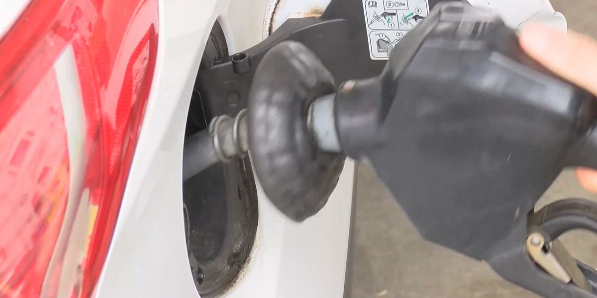 Deal Diva: Study says Monday is best day to buy gas