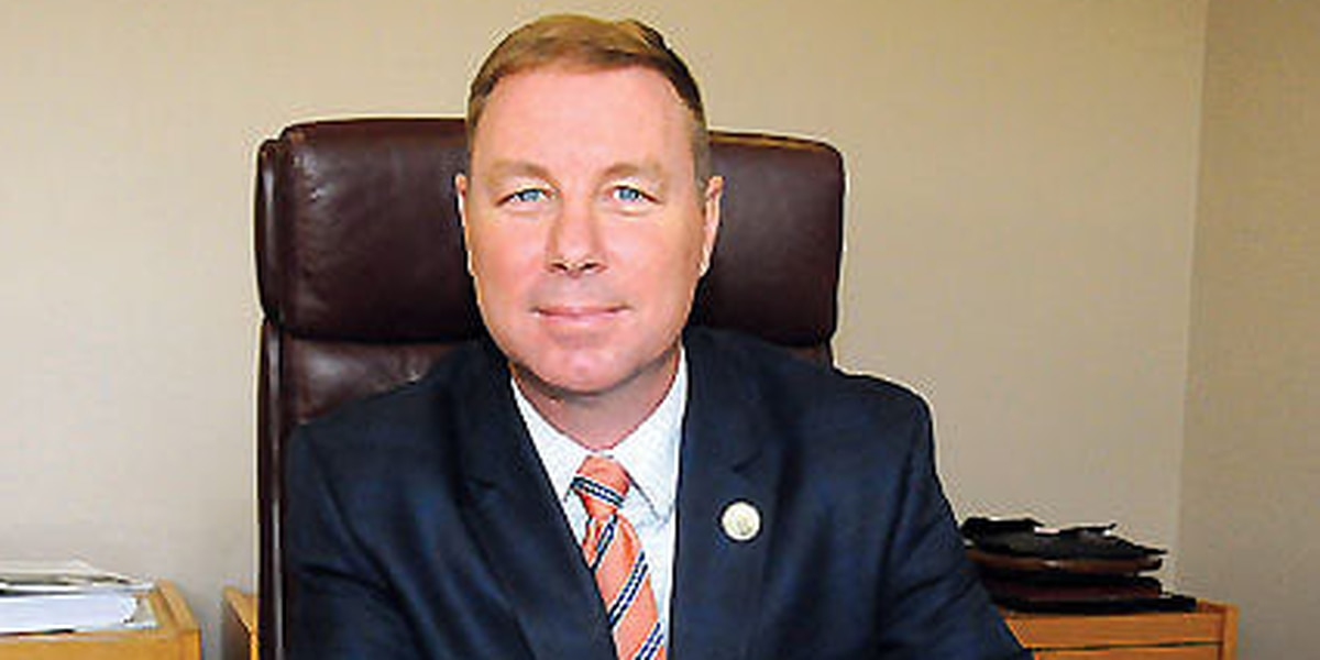 Dane Rideout hired as new Elizabethtown town manager