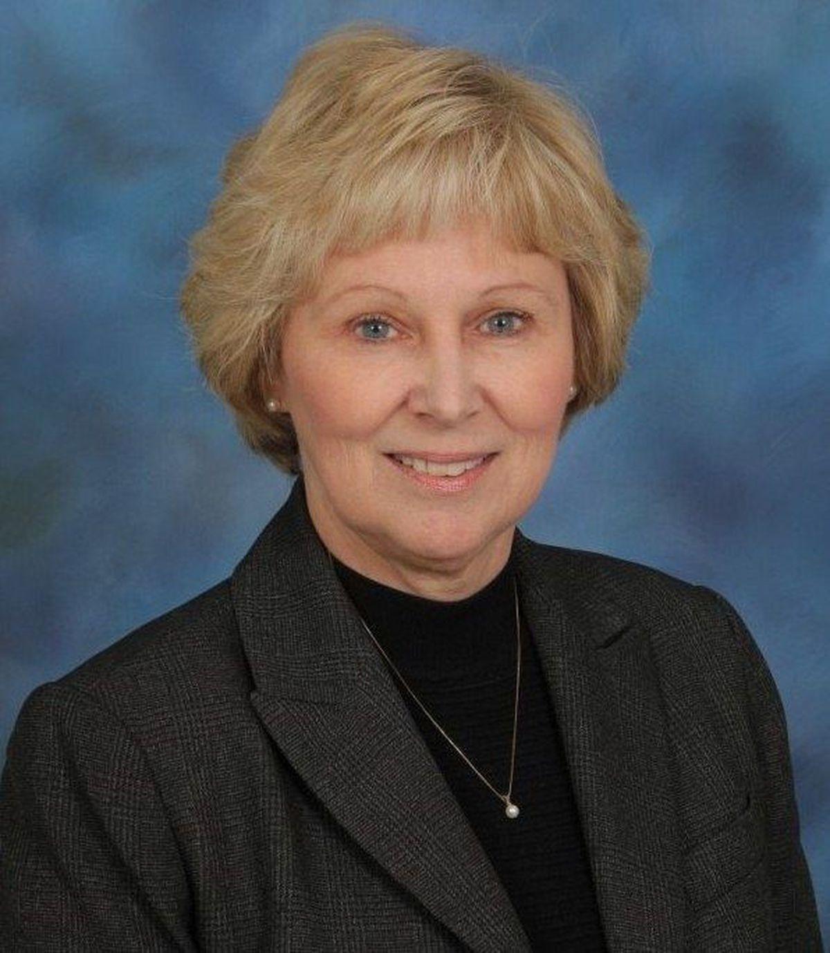 Pender County Schools Superintendent To Retire