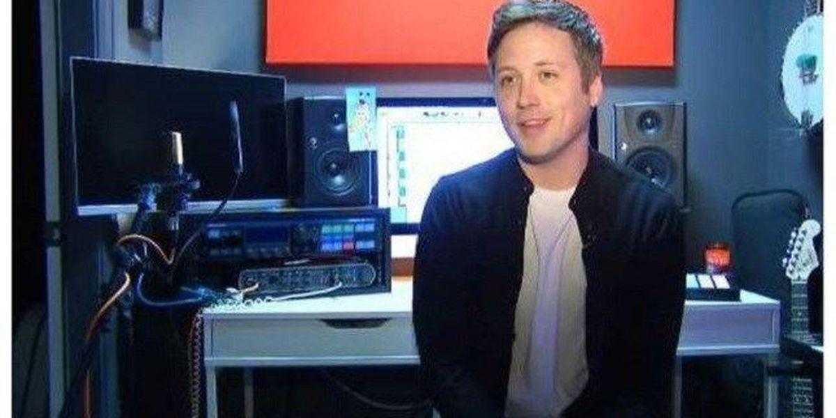 Nc Man S Toys R Us Jingle Goodbye Tribute Has 7 Million Views