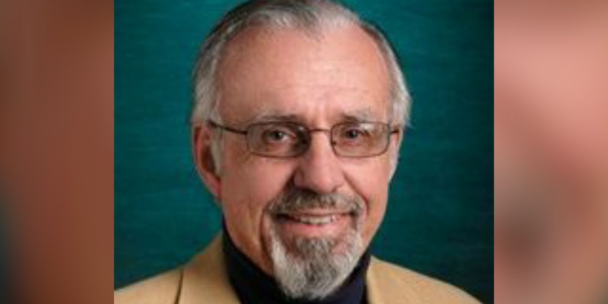 UNCW students, staff mourn loss of professor: 'It's a shattering blow to the department'