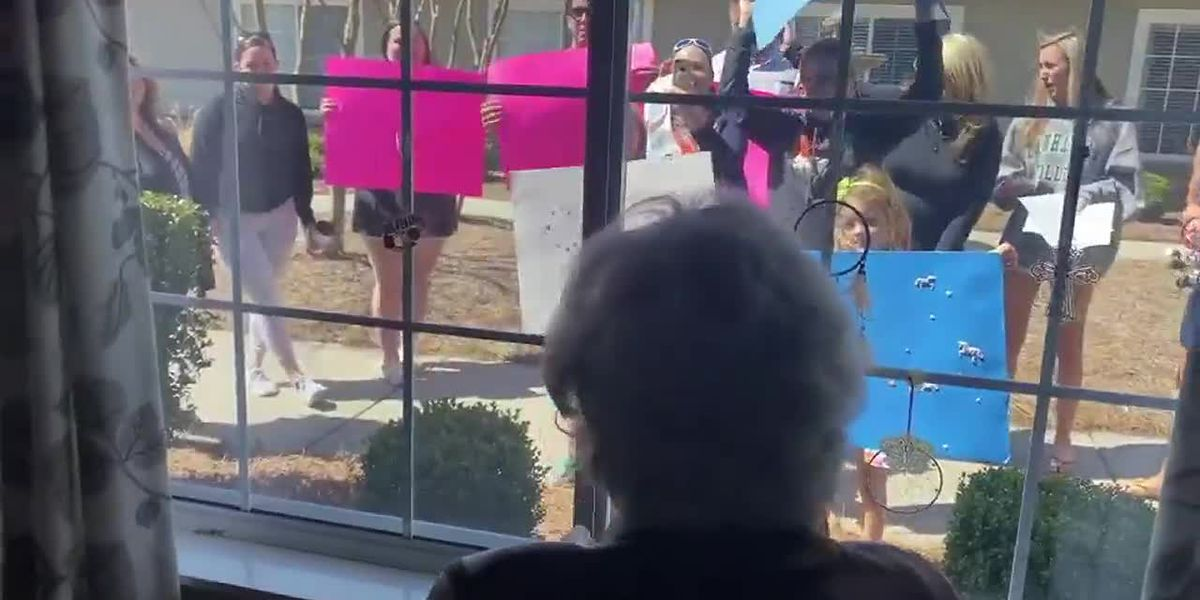 HEARTWARMING: 95-year-old overwhelmed with joy from surprise birthday celebration