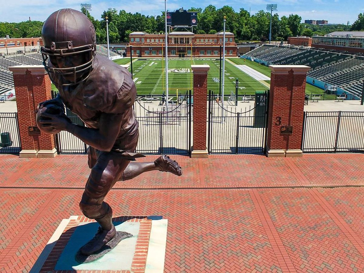 Charlotte 49ers cancel Saturday football game after players placed in quarantine