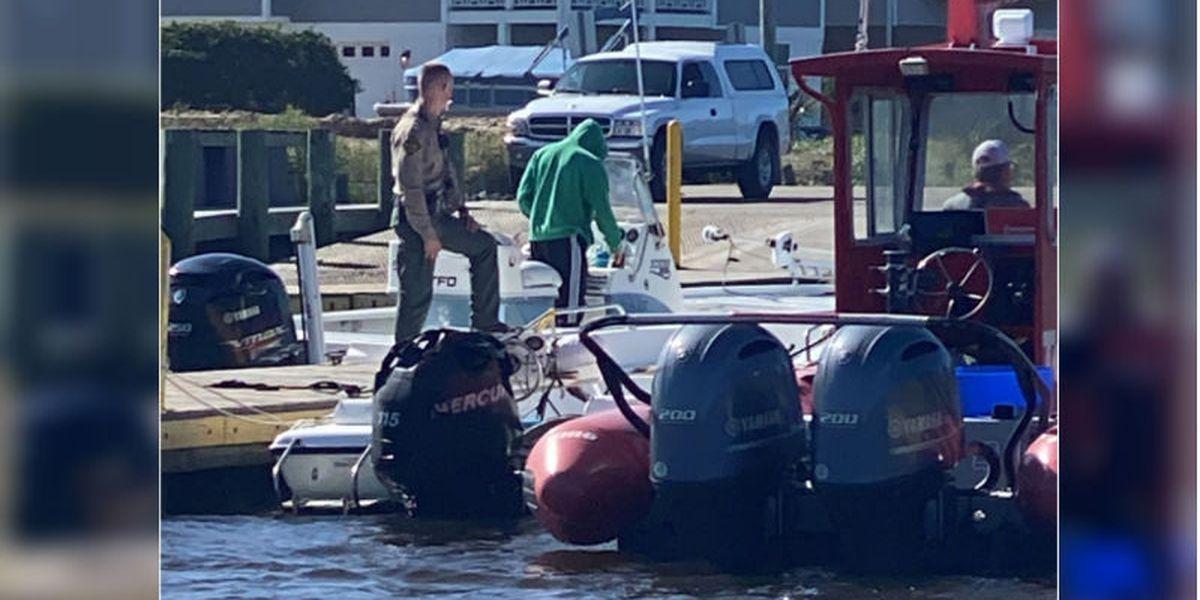 Man drowns at Carolina Beach inlet after boat capsizes