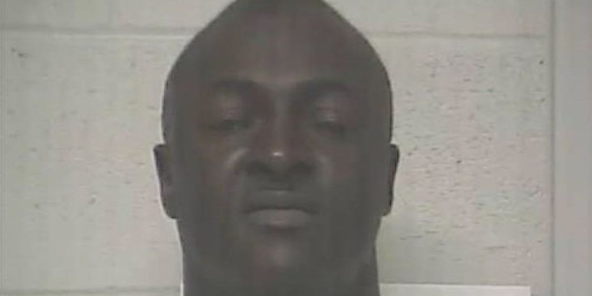 100+ mph chase lands Bladen County felon in prison