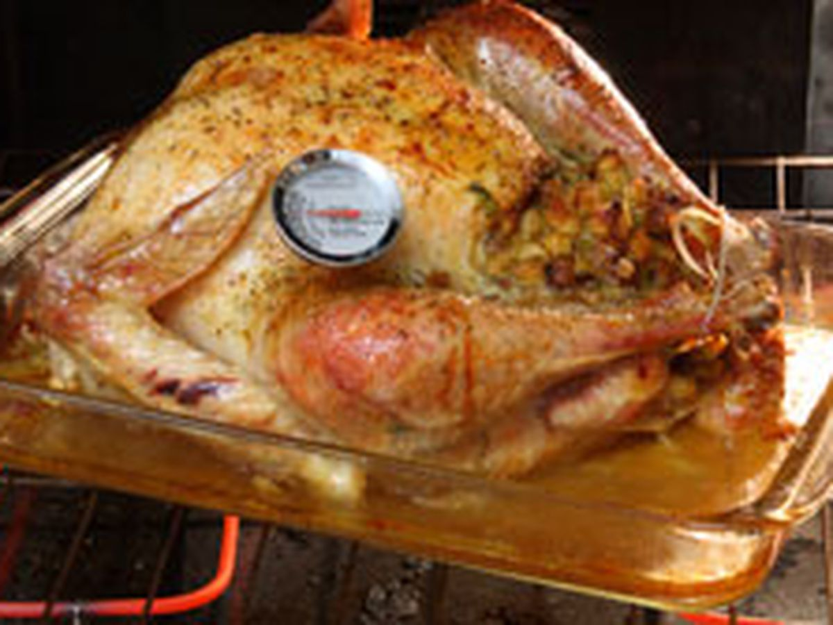 Keeping your loved ones safe from food poisoning this Thanksgiving