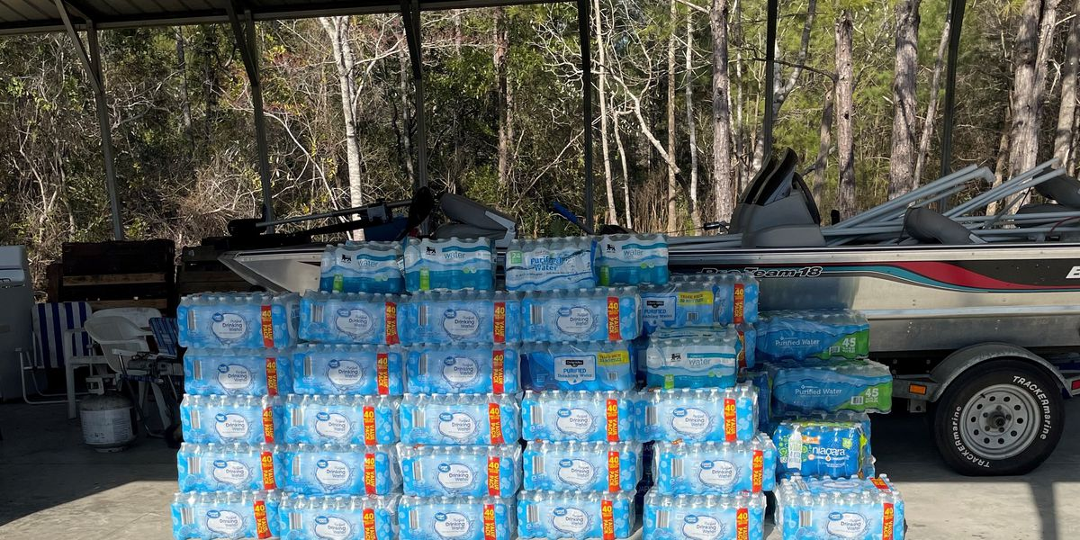 Brunswick County non-profits collects cases of water for families in Texas