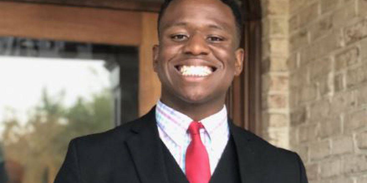 'I feel like the luckiest man in the world': NC student accepted to all eight Ivy League schools graduates from Harvard