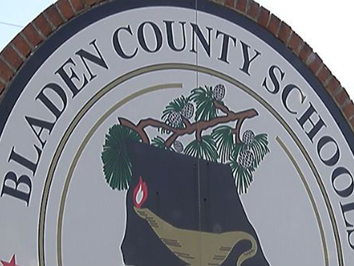 Bladenboro Middle to close for in-person learning starting today due to COVID-19 concerns