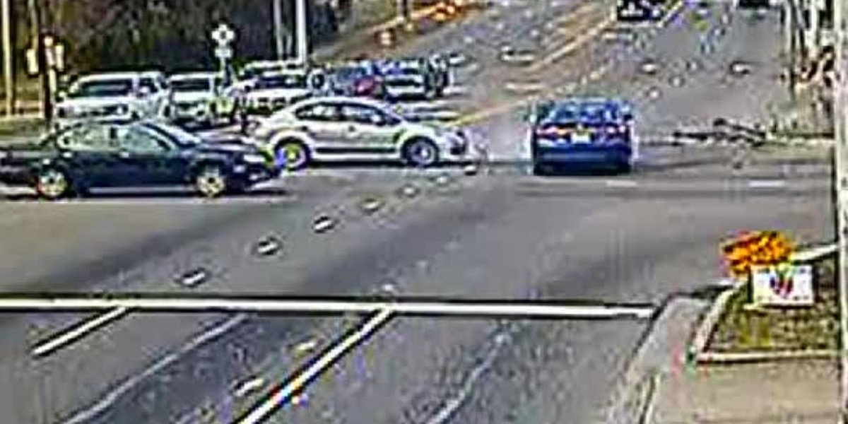 VIDEO: Hit and run accident at Third and Dawson - clipped version