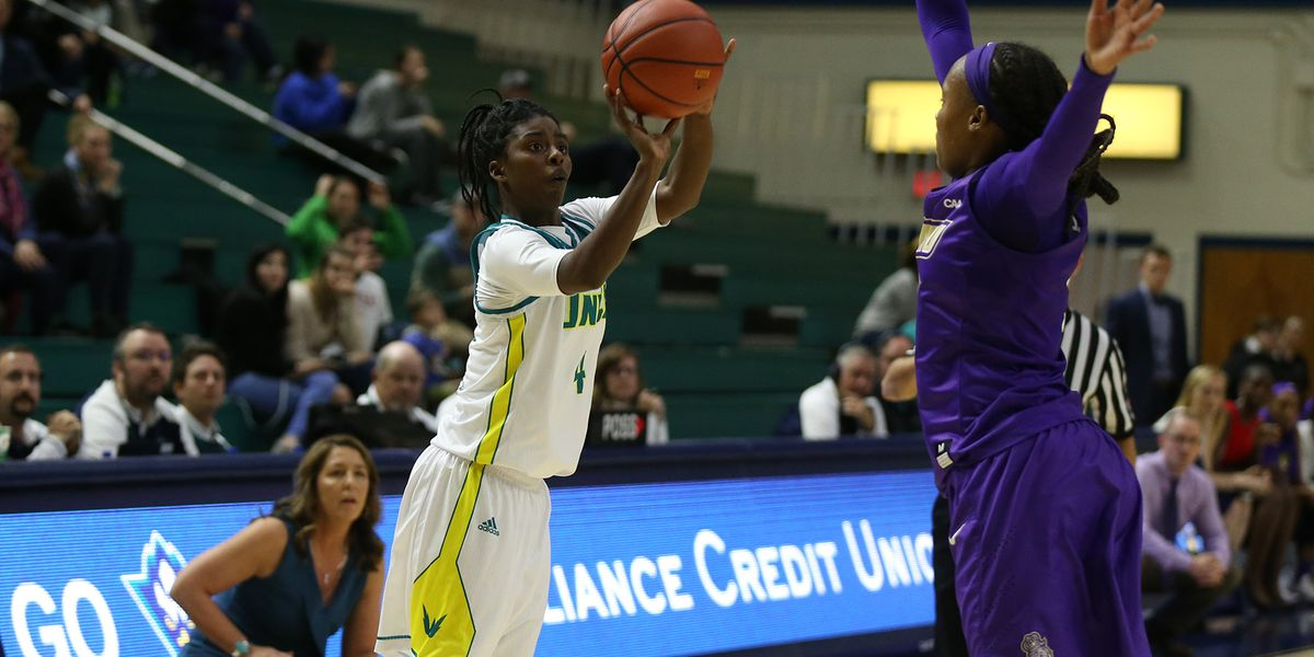 UNCW's Parker earns national honor