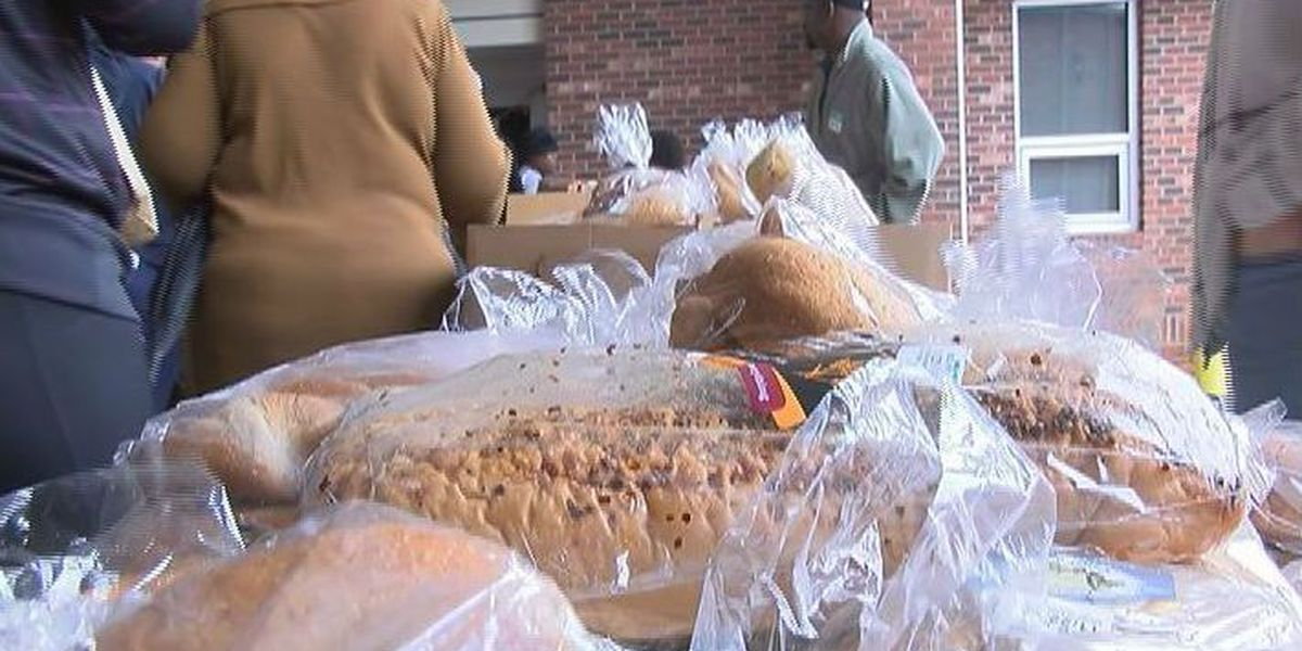 Local organizations to offer free meals, food for Thanksgiving