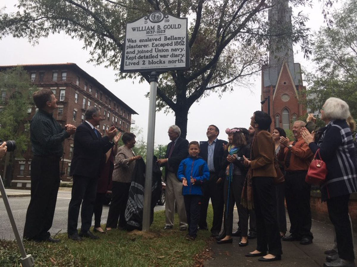 Historic marker dedicated to escaped slave who went to war