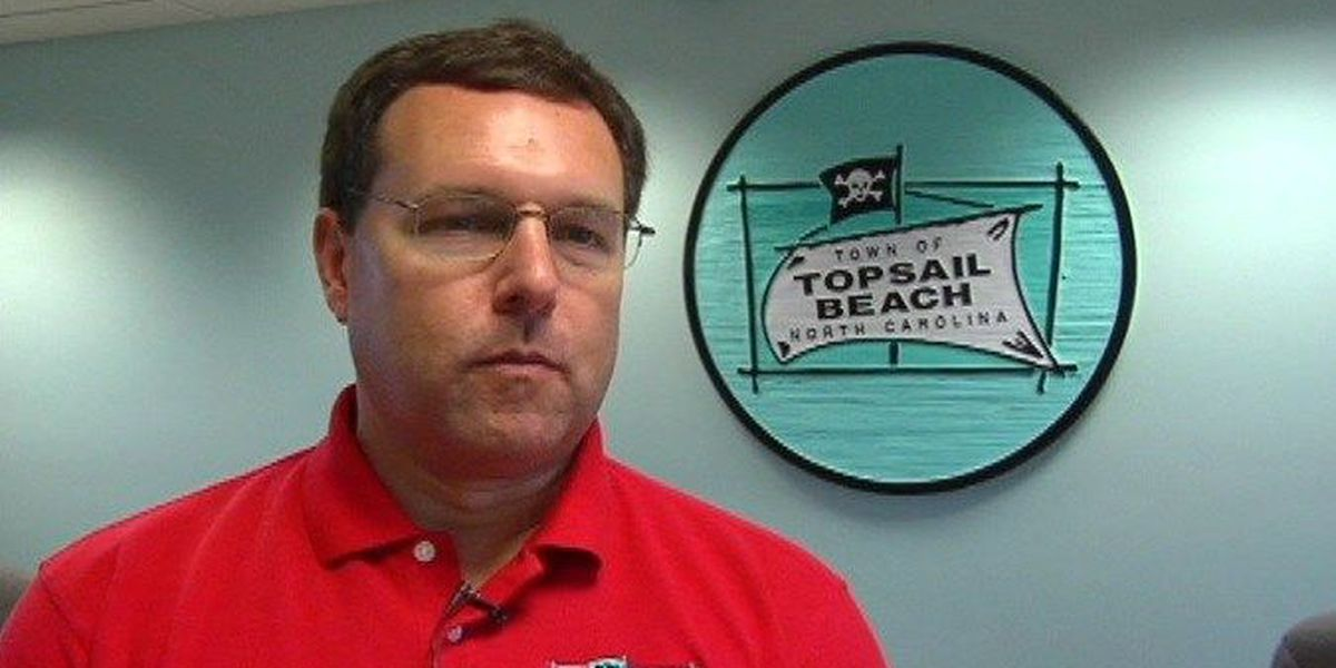 Topsail Beach Town Manager making moves to Oak Island