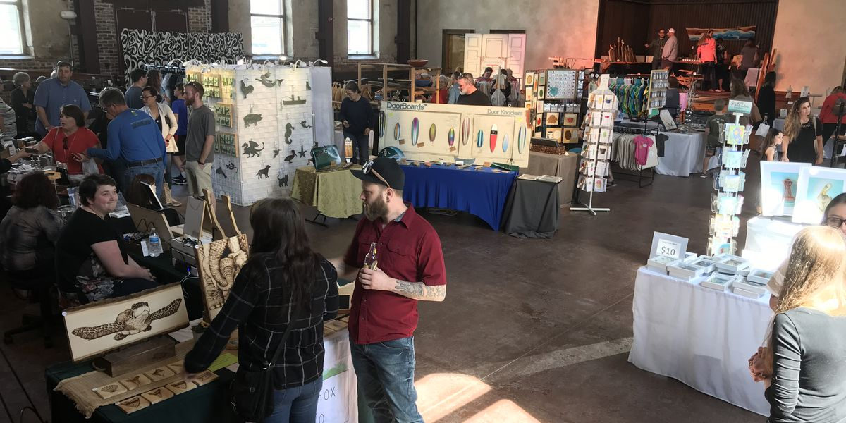 Local artists host art show, encourage customers to buy local