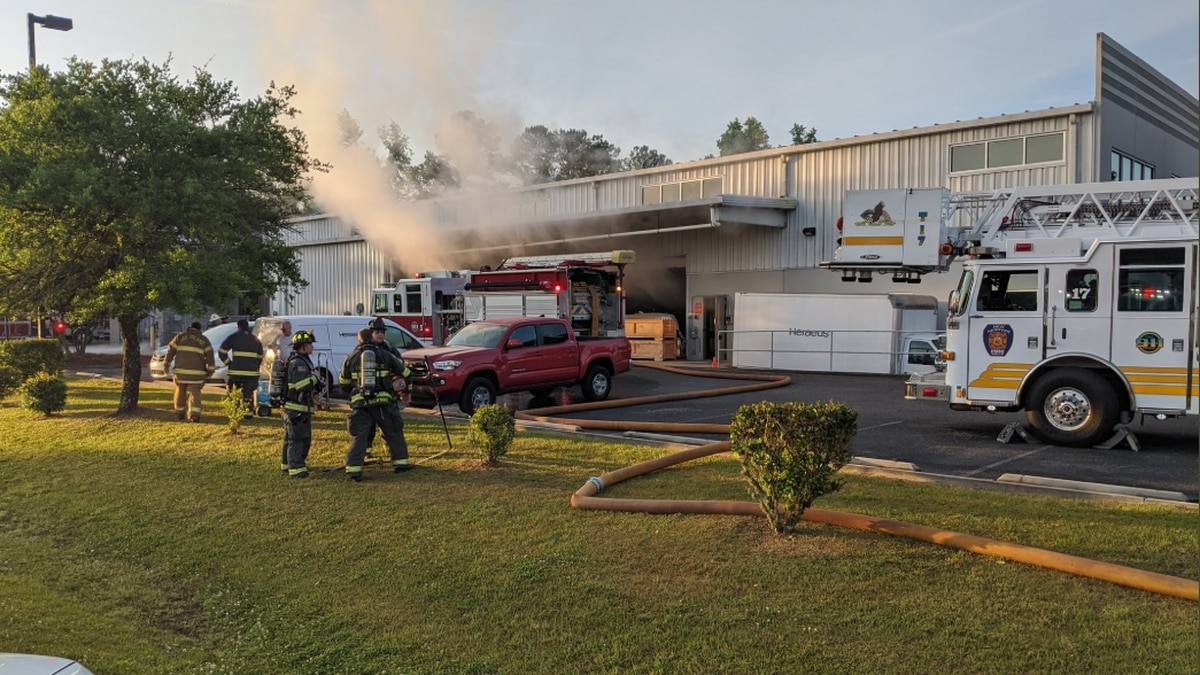Crews respond to fire at Wilmington business