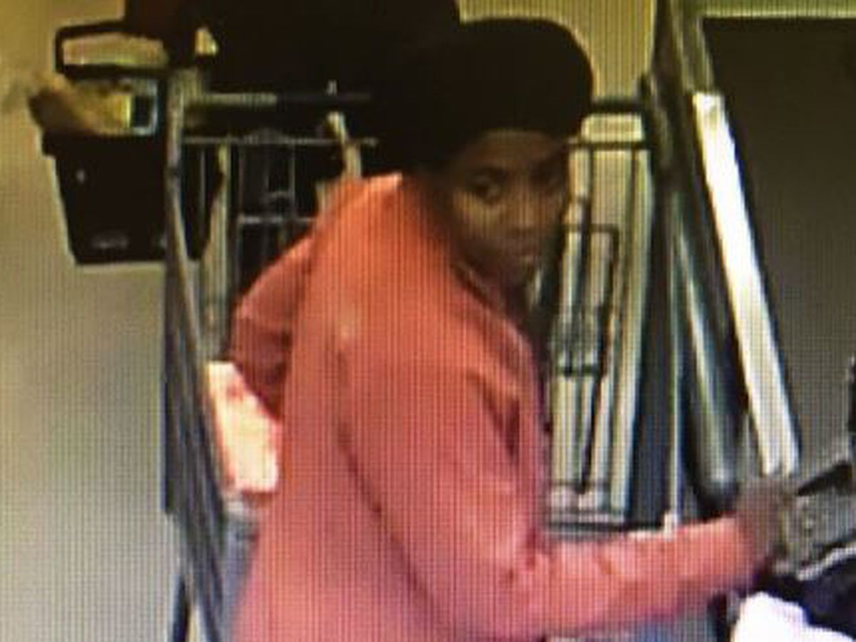 Sheriff's office asking for help in identifying suspect in identity theft case