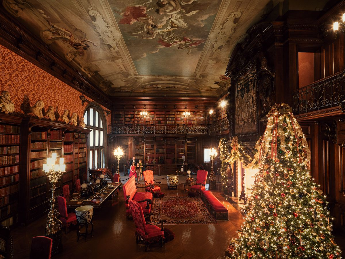 The Biltmore is adding a touch of Downton Abbey this holiday season