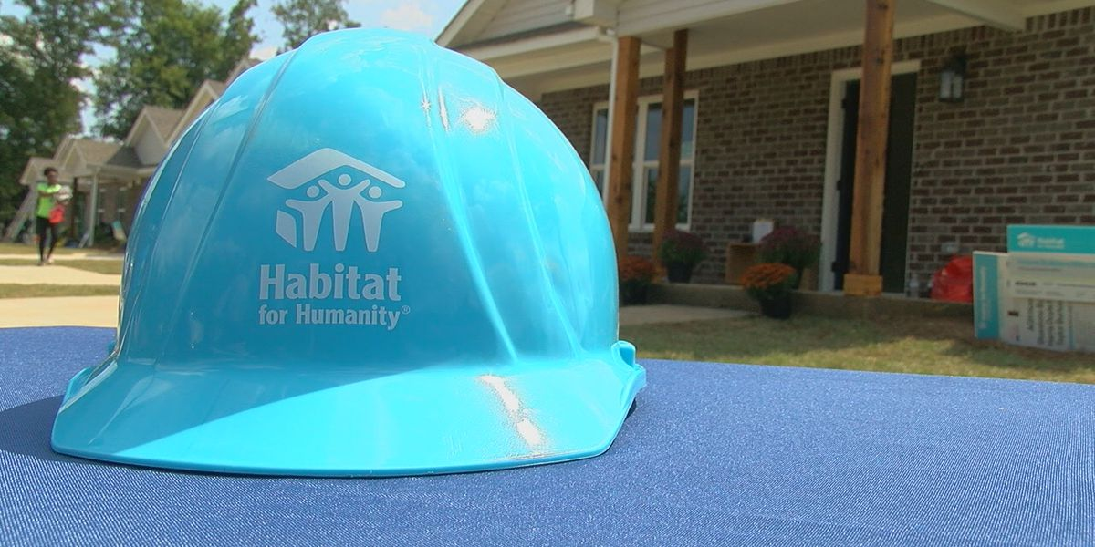 Habitat for Humanity gives new homes to 4 families displaced by Florence
