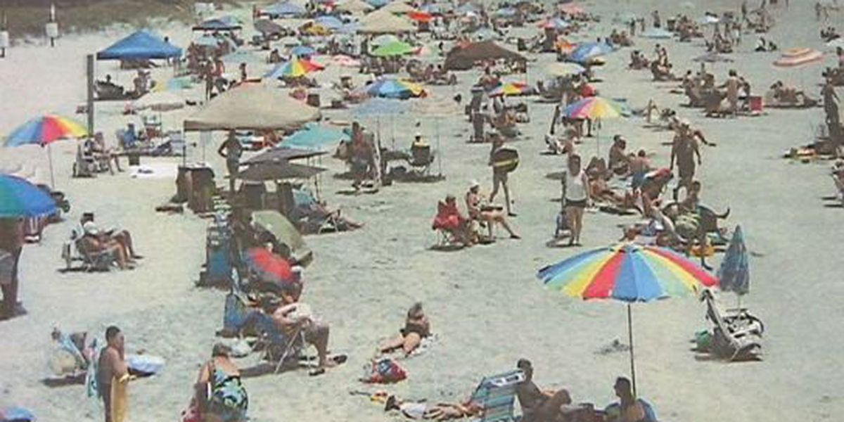 Council votes to allow cabanas in Sunset Beach