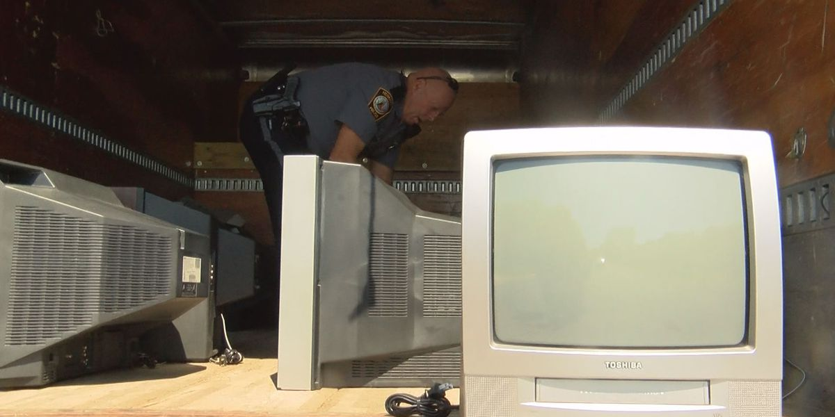 'The weirdest thing': Dozens of old TV sets found on lawns