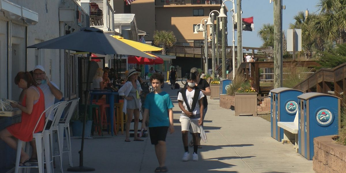 Boardwalk businesses faced with staffing challenges, food shortages as tourists flock to the beach