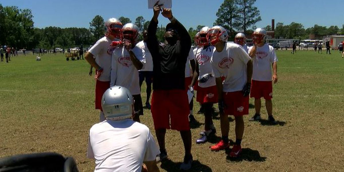 Wallace-Rose Hill High School hosts Jeremiah Castille Character Camp